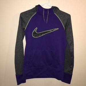 Nike purple therma fit